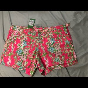 "Lilly Shorts! tag says ""seconds"""